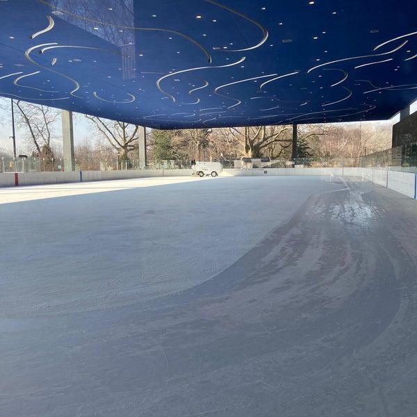 Das Foto wurde bei LeFrak Center at Lakeside von Vanessa S. am 1/20/2021 aufgenommen