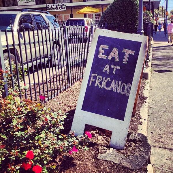 รูปภาพถ่ายที่ Fricano's Deli & Catering โดย Daniel เมื่อ 2/24/2013