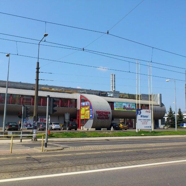 Górczyńskie Centrum Handlowe Shop Service In Poznań