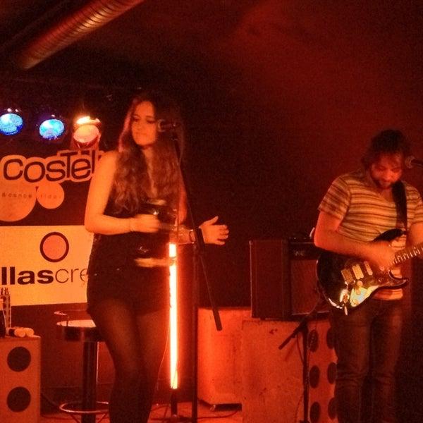 Foto tirada no(a) Costello Club por Bere em 3/5/2013
