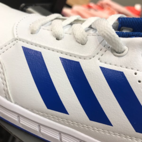 Photo taken at adidas by Shair Edú on 10 8 2017 bf25ea9c2d4a3