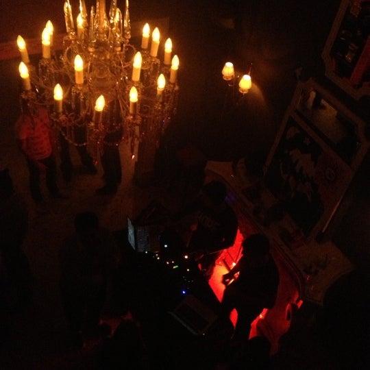 Das Foto wurde bei Club Saltillo 39 von Dazz Magician am 11/10/2012 aufgenommen