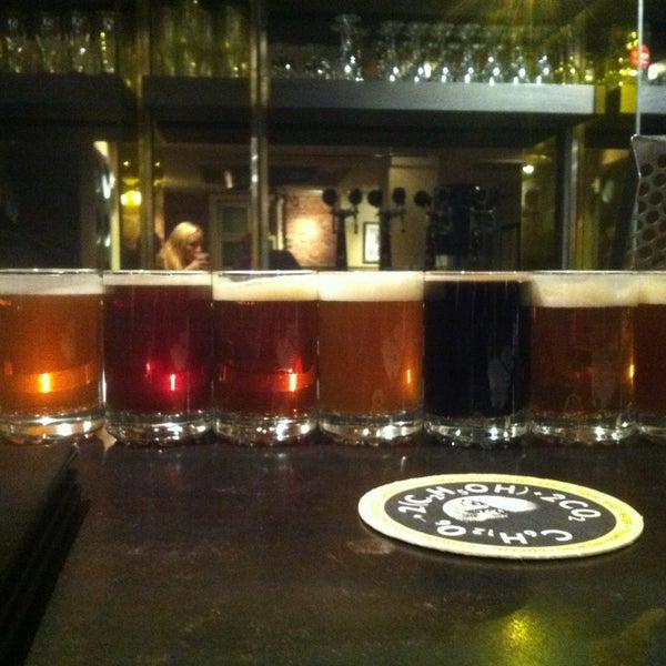 1/20/2013 tarihinde JP C.ziyaretçi tarafından Triumph Brewing Company'de çekilen fotoğraf