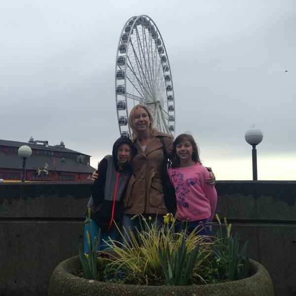 Das Foto wurde bei Waterfront Park von Mike am 3/13/2013 aufgenommen