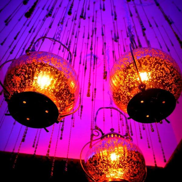รูปภาพถ่ายที่ Tantra Lounge โดย Tantra Lounge เมื่อ 9/30/2013
