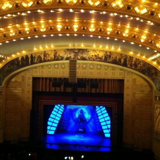11/24/2012 tarihinde Michaelziyaretçi tarafından Auditorium Theatre'de çekilen fotoğraf