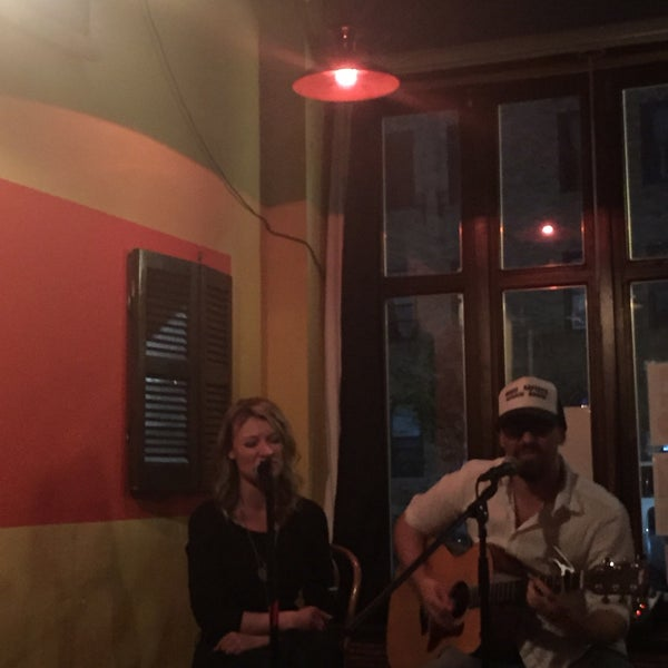 Foto tomada en RaR Bar por Audra A. el 10/13/2017