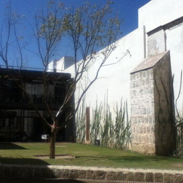 Photo prise au Centro Cultural San Pablo par ron m. le3/19/2013