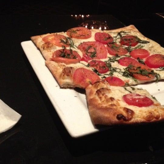 Das Foto wurde bei Royal Oak Bar and Grill von Phyllicia am 10/6/2012 aufgenommen