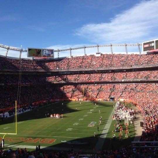 Foto diambil di Broncos Stadium at Mile High oleh Clint S. pada 12/2/2012