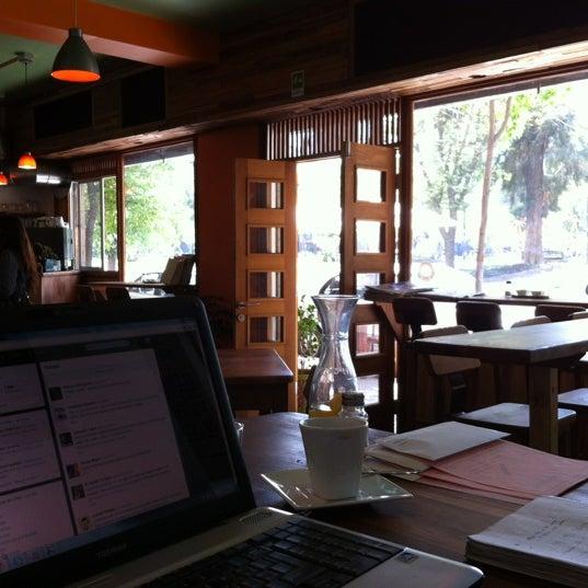12/7/2012 tarihinde Hernan O.ziyaretçi tarafından Original Green Roasters'de çekilen fotoğraf