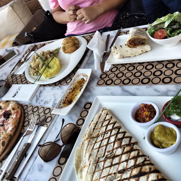Foto tomada en Boon Cafe & Restaurant por Büşra A. el 5/14/2015