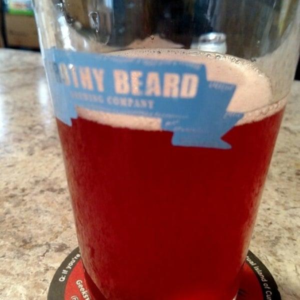 Foto tirada no(a) Frothy Beard Brewing Company por Will J. em 5/23/2015