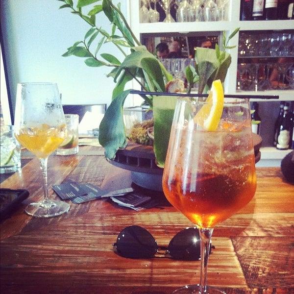 Foto scattata a Campagnolo Restaurant + Bar da Dzimm A. il 9/16/2012