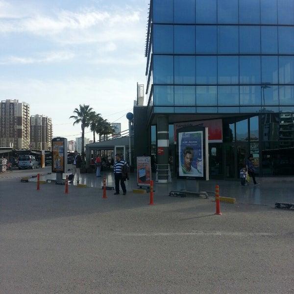 3/11/2013 tarihinde Oğuzhan Ş.ziyaretçi tarafından CarrefourSA Karşıyaka AVM'de çekilen fotoğraf