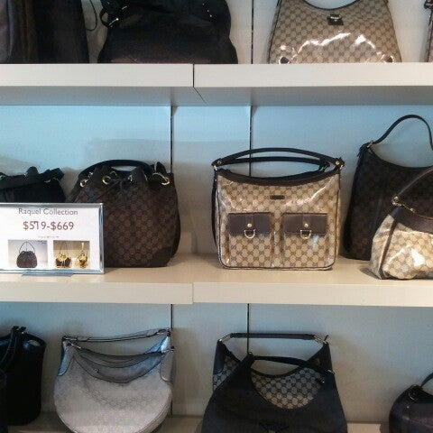 5d22c27e3cb Gucci Outlet - Women s Store