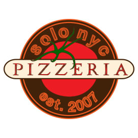 Foto scattata a Solo Pizza NYC da Solo Pizza NYC il 1/2/2014