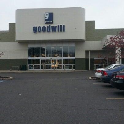 northeast portland goodwill store - 405×405