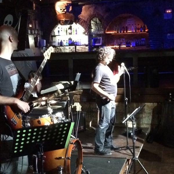 Photo prise au Discoteca Piratas par Freddy C. le7/19/2014