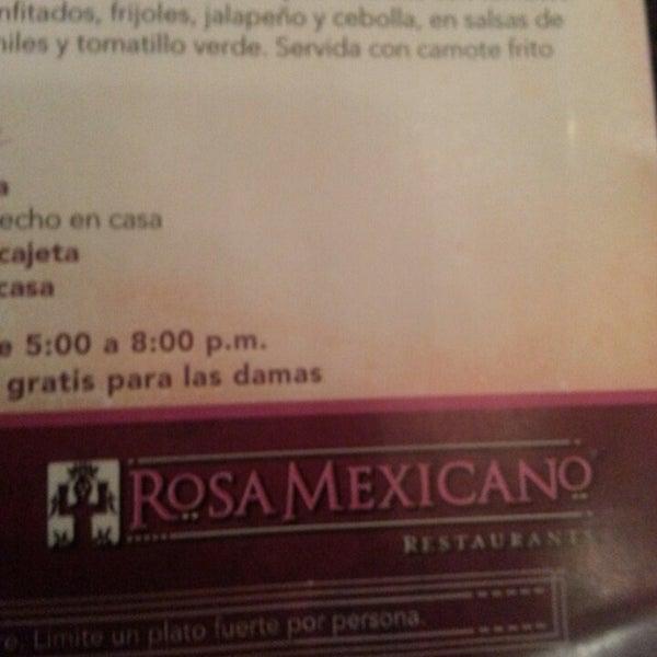 Foto tirada no(a) Rosa Mexicano Panamá por Melissa D. em 3/22/2013