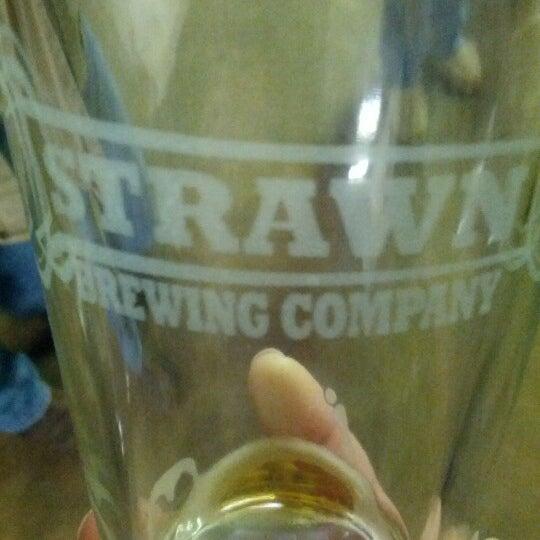 Das Foto wurde bei Strawn Brewing Company von heather T. am 2/3/2013 aufgenommen
