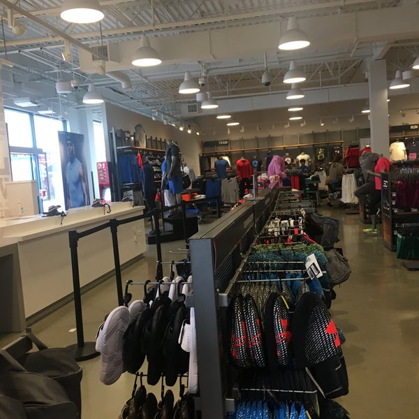 Photos at Under Armour Factory House - Sea Island - 133 visitors 5e7c816bf852