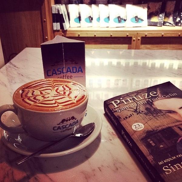 Das Foto wurde bei Cascada Coffee von Burcu Y. am 6/21/2016 aufgenommen