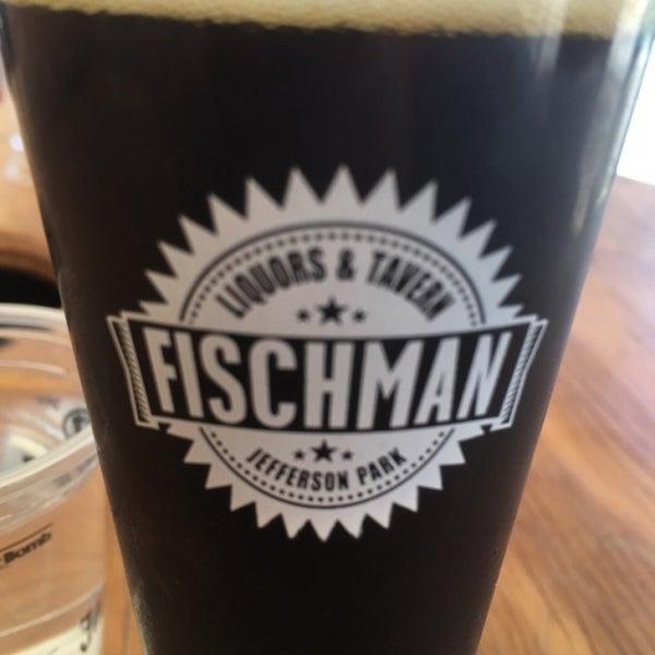 7/16/2016 tarihinde Dustin M.ziyaretçi tarafından Fischman Liquors & Tavern'de çekilen fotoğraf
