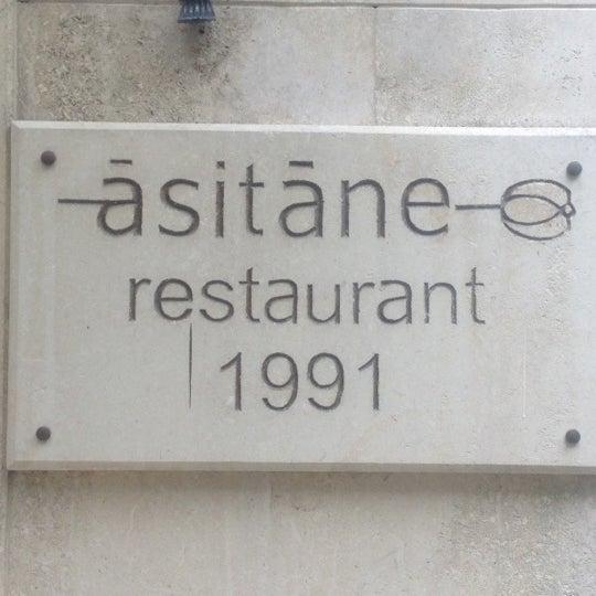 Foto diambil di Asitane Restaurant oleh bilsev c. pada 8/11/2012