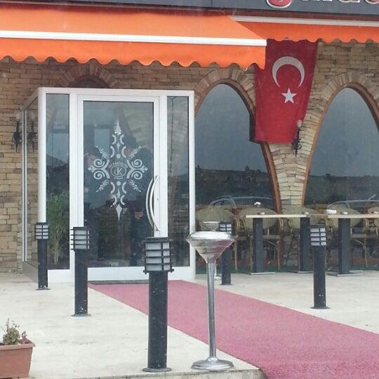 12/23/2012にHaluk B.がİki Kardeşler Kasap & Mangalda Etで撮った写真