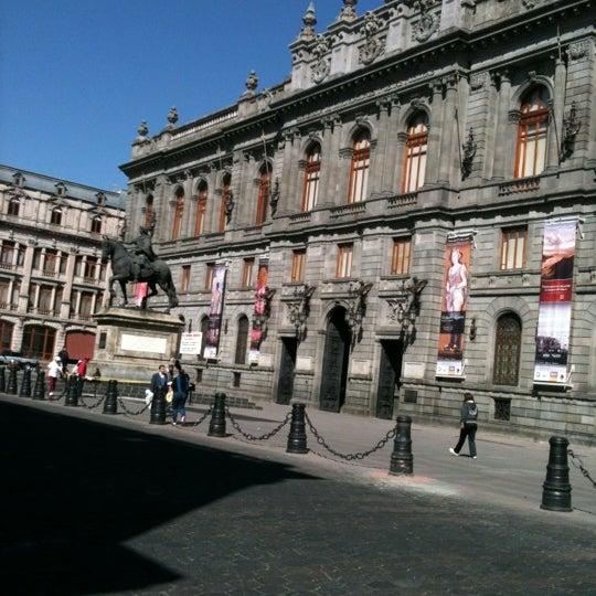 11/20/2012 tarihinde Gabrielziyaretçi tarafından Museo Nacional de Arte (MUNAL)'de çekilen fotoğraf