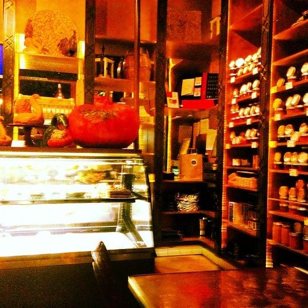 Foto tirada no(a) Little Next Door por LA Social F. em 10/30/2012