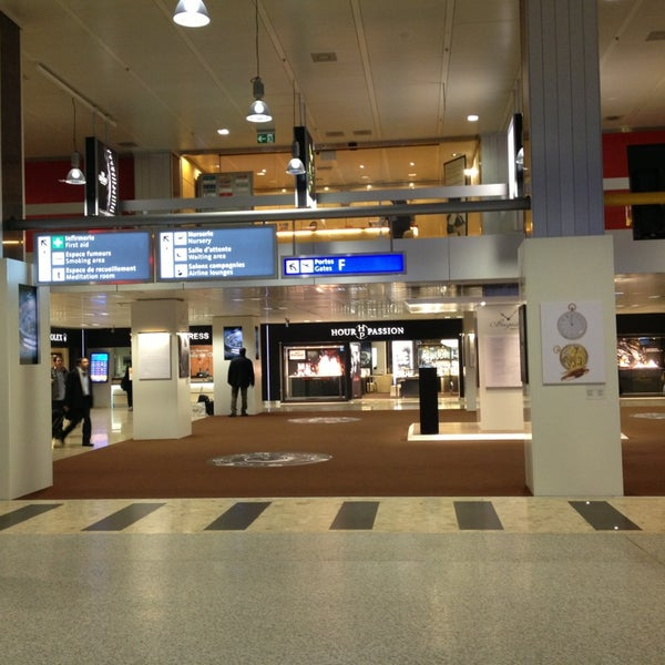 Photo prise au Aéroport de Genève Cointrin (GVA) par Oksana le1/8/2013