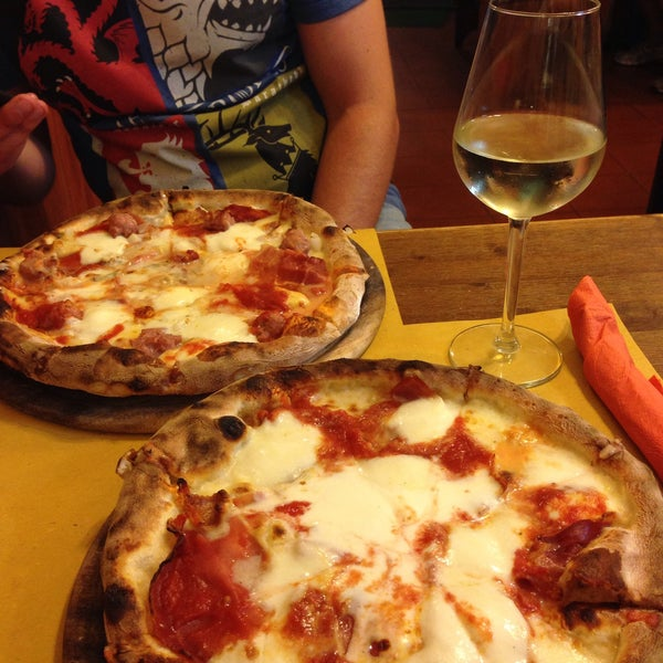 Photo taken at I' Pizzacchiere by Anna on 6/25/2016