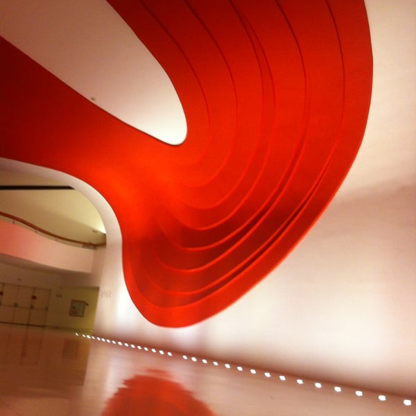 6/8/2013에 Lucaz님이 Auditório Ibirapuera Oscar Niemeyer에서 찍은 사진