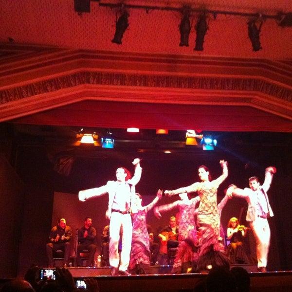 Снимок сделан в Palacio del Flamenco пользователем Erdem K. 3/29/2013