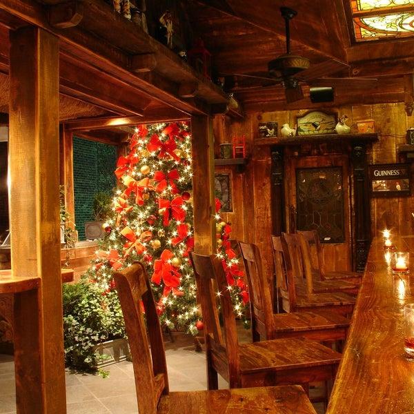 Foto tomada en Hurley's Saloon por Hurley's Saloon el 12/12/2013