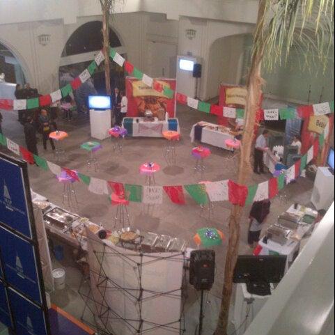 Снимок сделан в Museo de Arte Popular пользователем Dario B. 11/7/2012