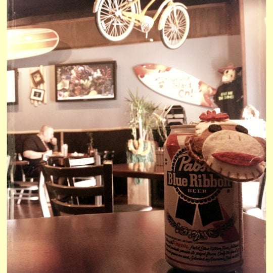 Das Foto wurde bei Rehab Burger Therapy von Ale I. am 9/19/2012 aufgenommen