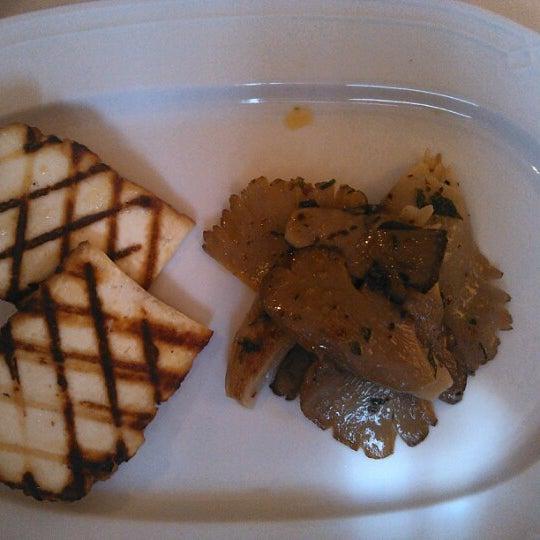 Foto tomada en Asitane Restaurant por Volkan el 12/22/2012