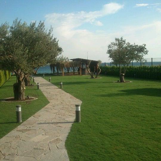 Снимок сделан в Assos Ida Costa Hotel пользователем Zeynep Ç. 11/18/2012