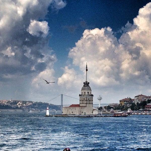 7/27/2013にMehmetがKız Kulesiで撮った写真