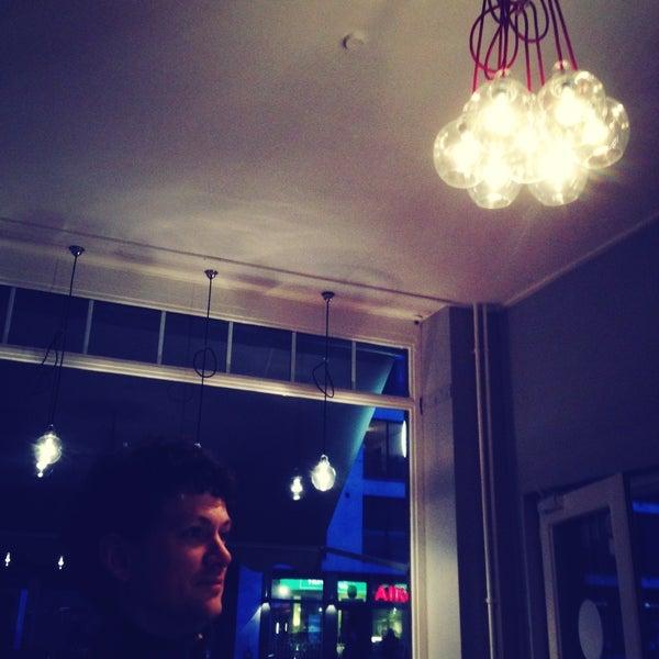Das Foto wurde bei NOODELI - Pasta Take Away von Chris &Sylwia am 4/11/2013 aufgenommen