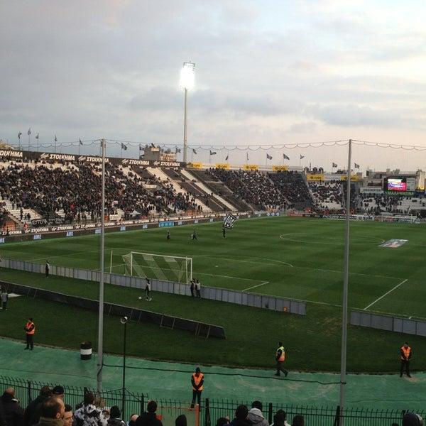 รูปภาพถ่ายที่ Toumba Stadium โดย Giorgos F. เมื่อ 2/28/2013