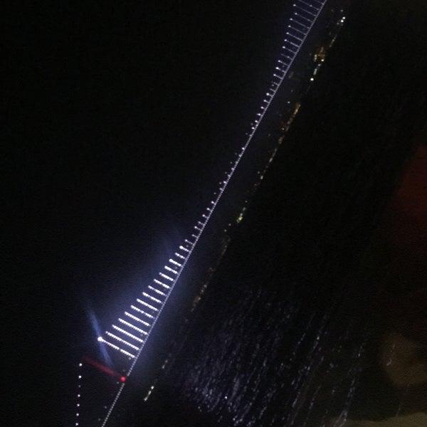Foto diambil di İnci Bosphorus oleh Maşide Y. pada 11/16/2019
