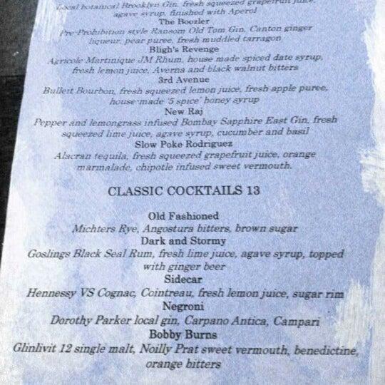 รูปภาพถ่ายที่ The Stand Restaurant & Comedy Club โดย Cathy R. เมื่อ 11/12/2012