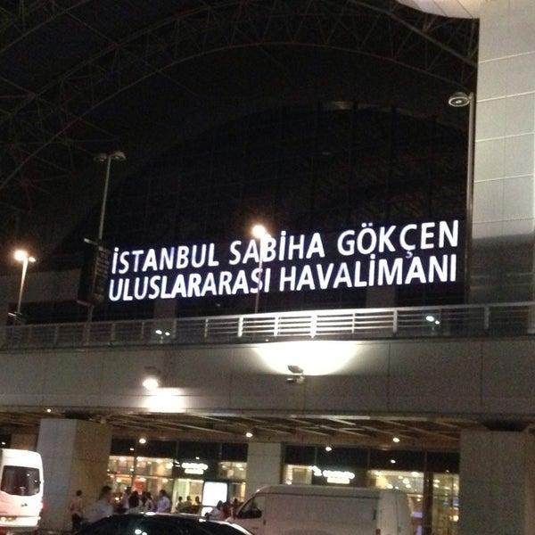 Снимок сделан в Аэропорт Стамбул им. Сабихи Гёкчен (SAW) пользователем Mahmut 7/23/2013