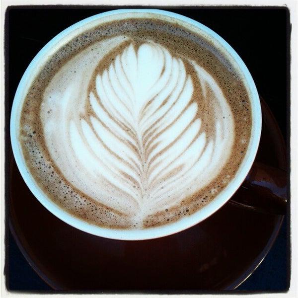 11/21/2012にJonathon N.がFrogg Coffee Bar and Creperieで撮った写真