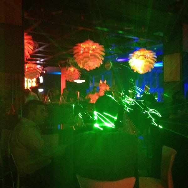 "Foto tomada en Kalina Bar Restaurant por ""Venercik ""🐯 el 12/31/2012"