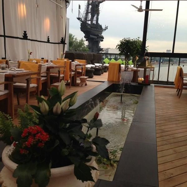 Foto tirada no(a) Ресторан & Lounge «Река» por Ириша👼 em 6/8/2013